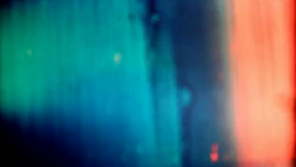 "ISLE OF LOX ""SENSES SUSPENDED"" 2013 SUPER8/MINI DV/HD/ 04:31 MIN"